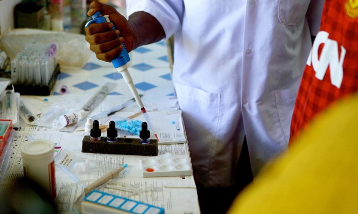 Strengthening laboratories for Ebola testing and diagnosis