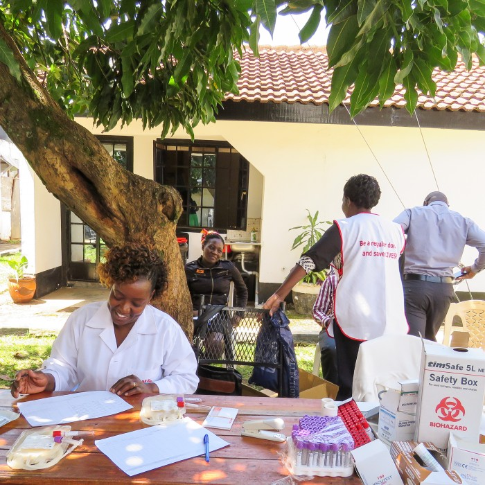 improving the availability of blood supplies in Kenya